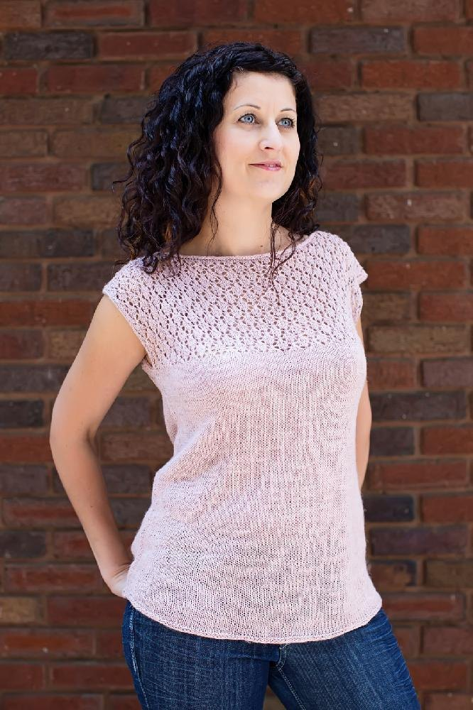 Plum Blossom Tee Knitting pattern by Andrea Sanchez Knitting Patterns Lov...