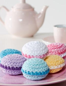Macarons Cupcakes in Lily Sugar 'n Cream Solids