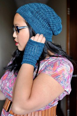 Anticipate Hat and Handwarmers