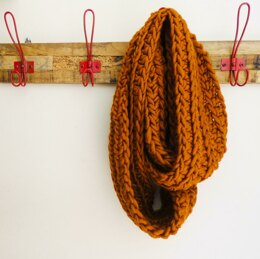 The Heide Infinity Scarf