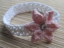 KNITTED HEADBAND FOR A BABY GIRL