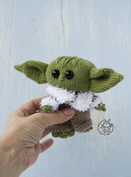 Baby Yoda toy knitted flat