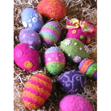 Felted Woolly Eggs
