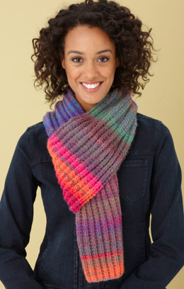 Rainbow Ridge Scarf in Lion Brand Amazing - L0422B