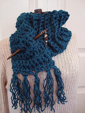 Chunky Crochet Teal Scarf With Fringe Crochet Pattern By Emi