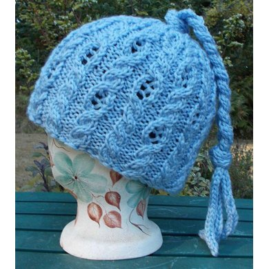 Lacy Cable Cap
