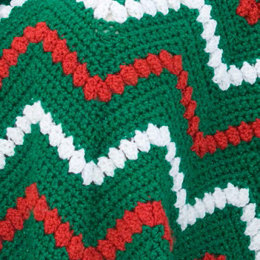 Tis the Season Throw in Red Heart Holiday - LW2231EN - Downloadable PDF