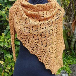 Alessia Diamond Shawl