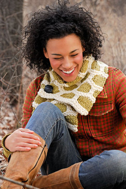 Bumble Up Scarf in Spud & Chloe Outer - 9202