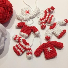 Tiny Christmas Jumper Garland