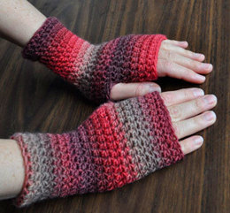 Everyday Fingerless Gloves in Crystal Palace Yarns Mochi Plus