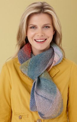 Directional Colors Scarf in Lion Brand Amazing - L0587B