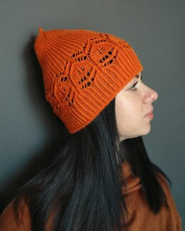 Amber physalis hat