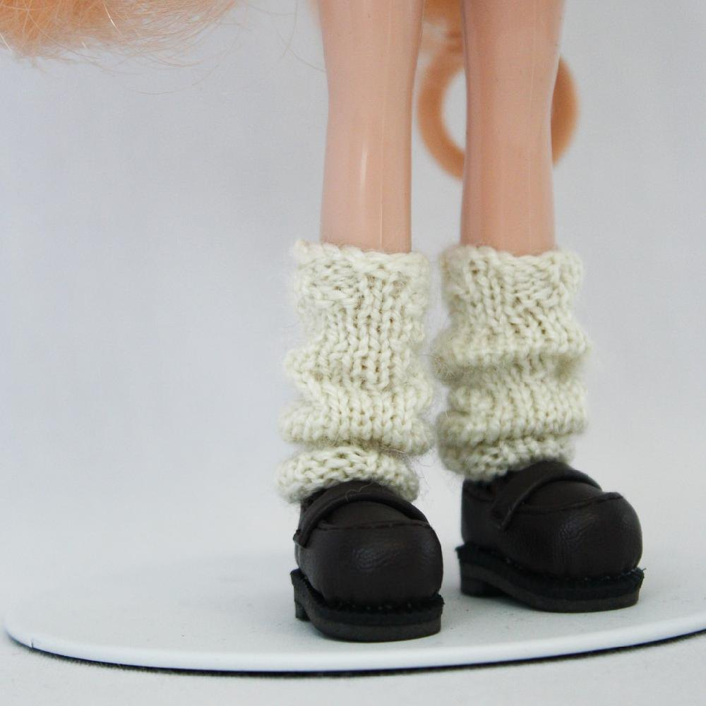 Leg Warmers Knitting Pattern 8 Ply : Leg Warmers for Blythe Knitting pattern by AnneArchy