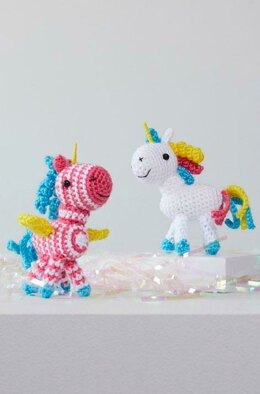 Sparkle & Shimmer Crochet Unicorn in Red Heart Amigurumi - LM6288 - Downloadable PDF
