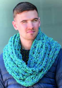 Cowl in Robin Firecracker Super Chunky - Downloadable PDF