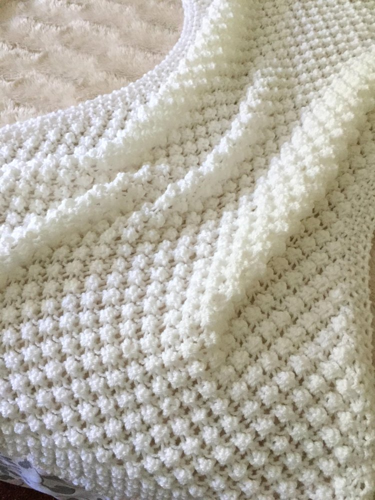 Easy Bobble Baby Blanket Knitting Pattern By Daisy Gray