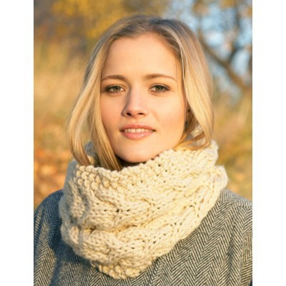 Chunky Cable Cowl In Bernat Softee Chunky Knitting Patterns