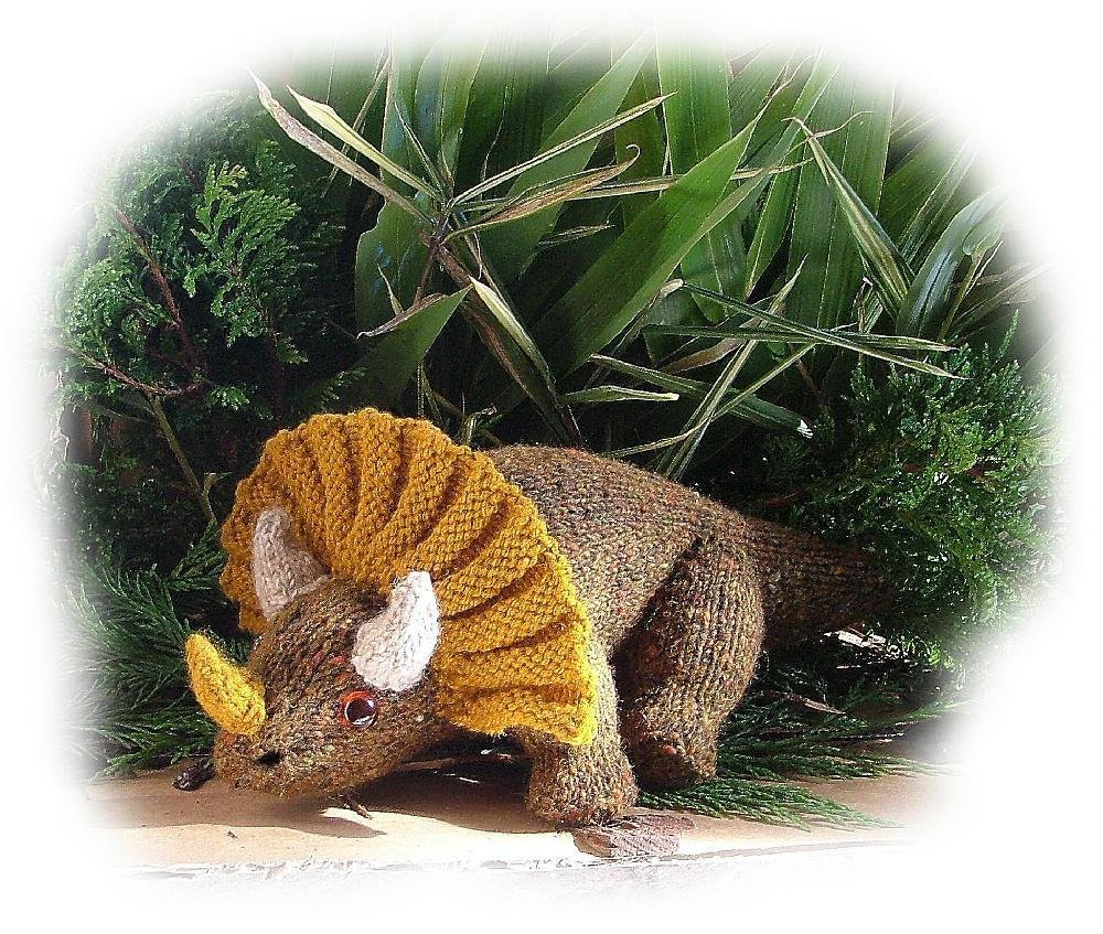 triceratops toy dinosaur knitting pattern by georgina manvell