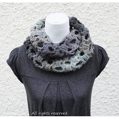 King Cole Riot Chunky Domino Scarf Crochet Pattern By