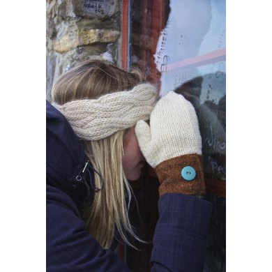 Reversible Cable Headband