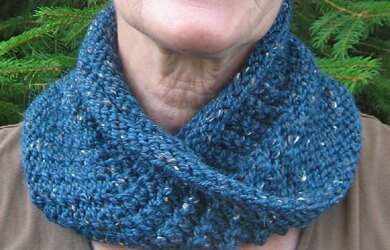 Twist & Turn-The Cowl