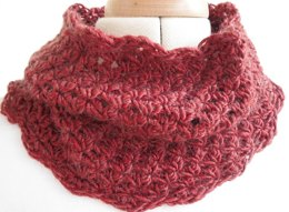 Textured autumn cowl