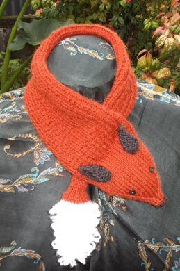 Foxy Tippet Scarf