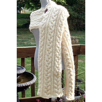 """Cabled Scarf"" : Scarf Knitting Pattern for Women in Debbie Bliss Bulky 