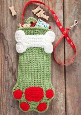 Dog Paws Christmas Stocking in Red Heart Super Saver Economy Solids - LW2697