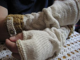 Shake the Barley Fingerless Gloves