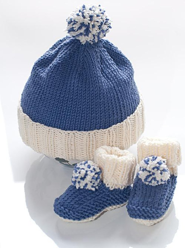 Baby bobble hat and booties