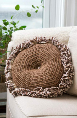 Rumba Pillow in Red Heart Super Saver Economy Solids and Boutique Fleecy - LW4524 - Downloadable PDF