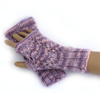Vine Lace Mitts