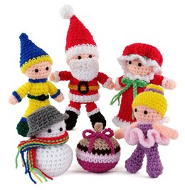Happy Holidays Amigurumi