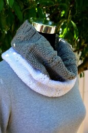 Two Colors Infinity Cowl