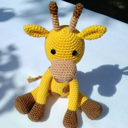 Geoff the Giraffe - US Terminology - Amigurumi