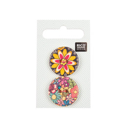 Rico Wooden Buttons, Folklore