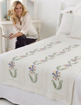 Elegant Floral Throw in Red Heart Super Saver Economy Solids - LW2080
