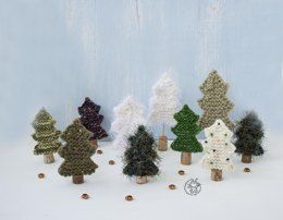 Many Christmas trees knitted flat