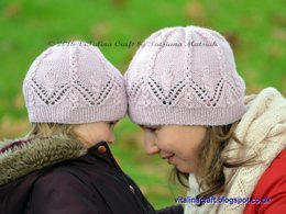 Lace Charm Hat and Cowl Set