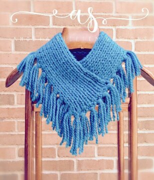 A beginner's guide to loom knitting | LoveCrafts