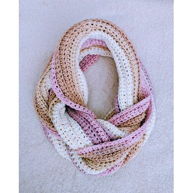 Crochet Knit-Look Infinity Scarf