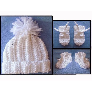 764 BABY BOOTIES, HAT, MITTENS,