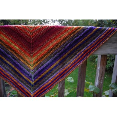 Simple Yet Effective Shawl (fingering weight)