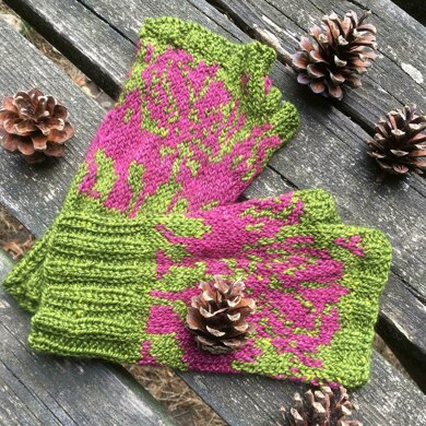 October Rose Mitts