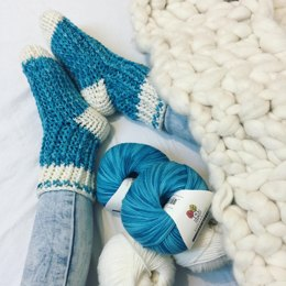 Itty-Bitty Ribbed Slipper Socks