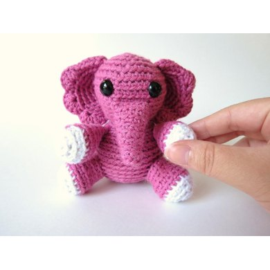 Elena the Tiny Elephant