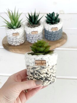Chunky Planter Sweaters 053