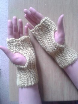 Finger Less Lace Mittens